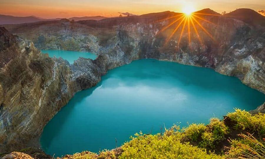 Kelimutu Crater Flores Indonesia